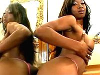 Ebony hottie happy to get mouthful