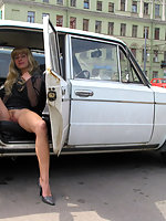 Blonde honey gets all naked in car right in street