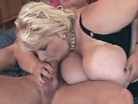 Chubby chick blows boyfriends dick