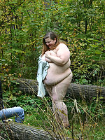 Fat whore doing acrobatic exercises buck naked