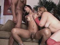 Hot shemale has oral fuck in group