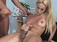 Tranny cums and gets lavish cumload