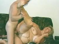 Plump grandma fucked by amateur guy