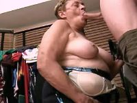 Fat mature does blowjob w pleasure