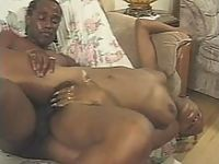 Hairy pussy ebony bitch in acrobatic pumping fiesta on the couch