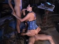 Gal sucks cocks n gets cum on pussy